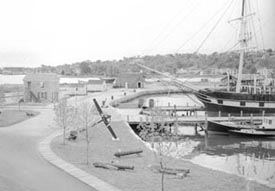 Waterfront 1949