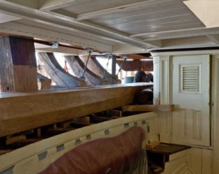 Morgan transom beam interior