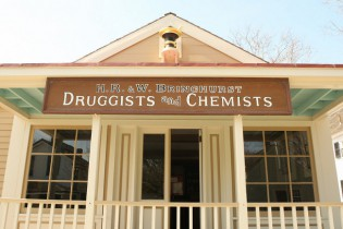 Drugstore and Doctor's Office - H.R. and W. Bringhurst