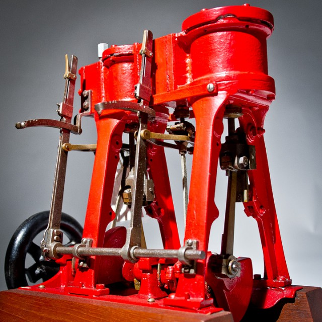 This is an example of a 2-cylinder vertical, compound marine steam engine with Stevenson reversing gears. It was once used to power an excursion boat on Lake Saltonstall in East Haven, Conn. MSM Accession # 1975.281