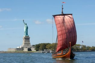 The world's largest Viking longship arriving in New York September 17, 2016. (Photo by Thos Robinson/Getty Images for Draken Harald Harfagre)