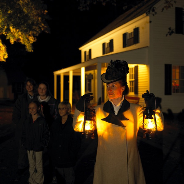 Lantern Light Tours