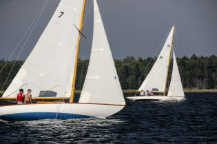 Dark Harbor 20s racing off Islesboro, ME. Photo Credit: Antelo Devereux, Jr.