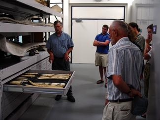 Explore the Museum's collections with the Munson Institute
